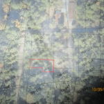 569売土地 志摩市磯部町山田30万円キャンプ用地に最適です。日当たりは良いです
